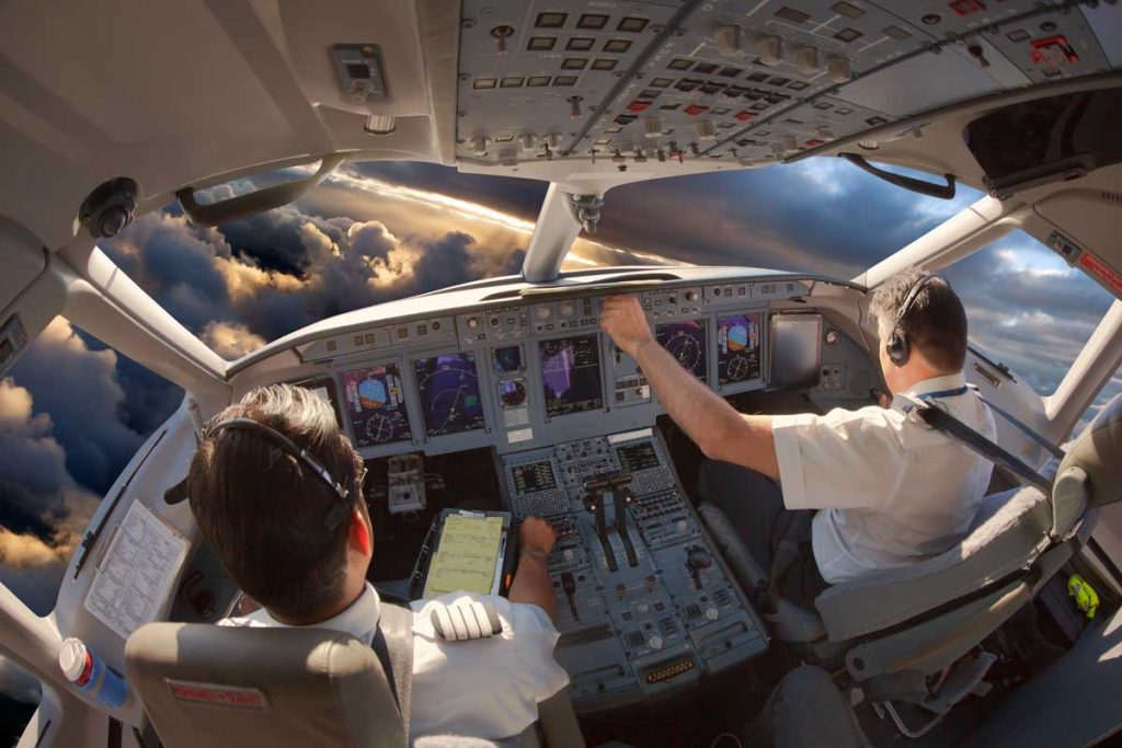 How Much Does a Pilot Make in the US?
